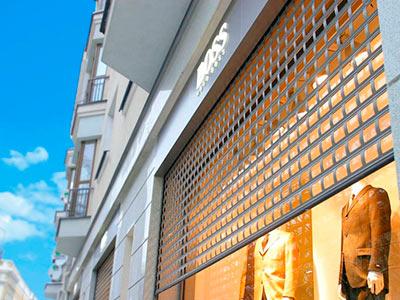Роллетная решетка — симбиоз эстетики и высоких технологий