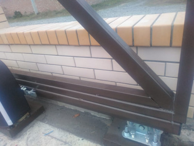 Металлические ворота Alutech SGN и автоматики Alutech ROTEO